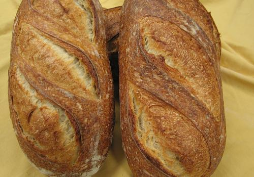 IMG_5585.JPG White Bread ~ 30% sourdough flour content Final water ~ 70%